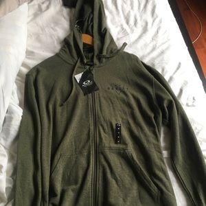 Oakley hoodie bnwt
